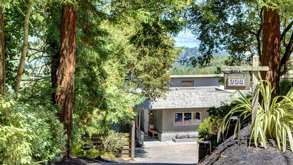 998 Edgewood Avenue Mill Valley, CA 94941