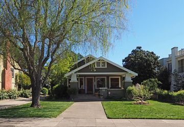 820 Johnson Street Healdsburg, CA 95448