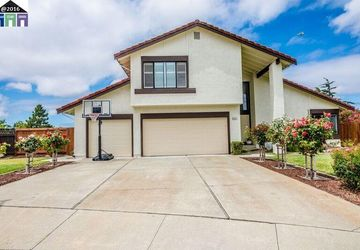 5237 Orkney Ct Newark, CA 94560