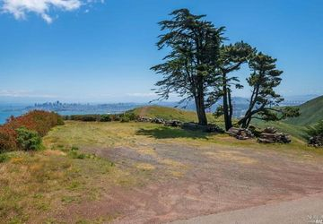 55  Wolfback Rd Sausalito, CA 94965