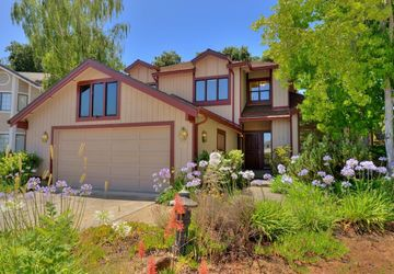 955 Vernie Ct Cupertino, CA 95014