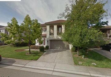 1471 Freswick Drive Folsom, CA 95630