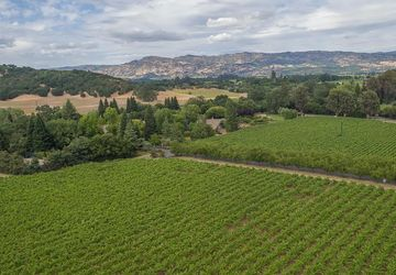 4120 Dry Creek Road Napa, CA 94558