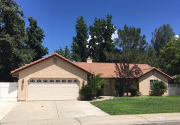 5495 Indianwood Dr Redding, CA 96001
