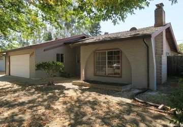 909 Acacia Lane Davis, CA 95616