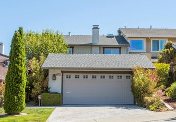 2431 Hastings Dr Belmont, CA 94002