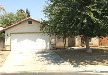 5906 Georgia Pine Way Bakersfield, CA 93313