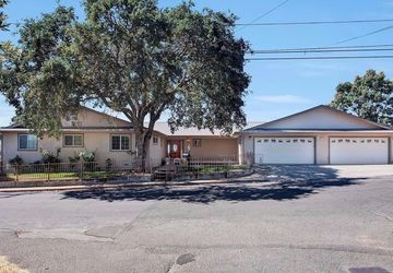 775  Boggs Lane Lakeport, CA 95453