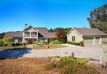 2125 Pleasant Valley Rd Aptos, CA 95003