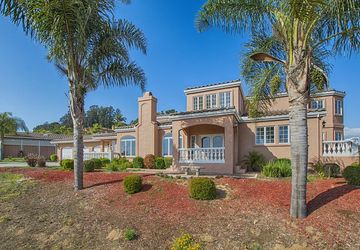 2663 Red Hawk Ln Aromas, CA 95004