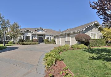 22239 Hammond Way Cupertino, CA 95014