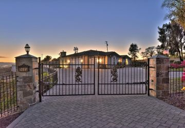 1485 Country Club Dr Milpitas, CA 95035