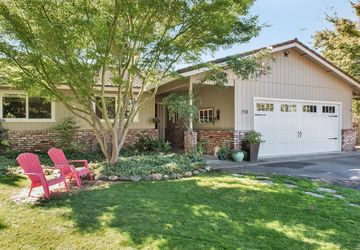 398  Treehaven Lane Kenwood, CA 95452