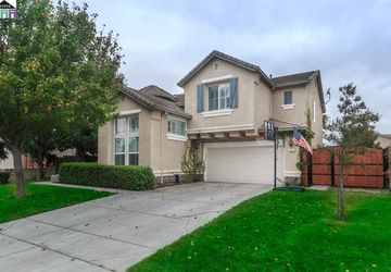 951 Valais Lane Manteca, CA 95337
