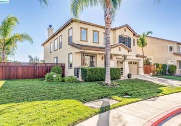 2604 Goldpine Court Antioch, CA 94509-9323