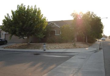 2302 S Waldby Fresno, CA 93727