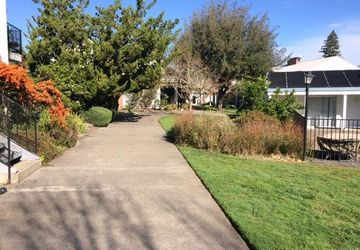 7771  Healdsburg Avenue  10 Sebastopol, CA 95472