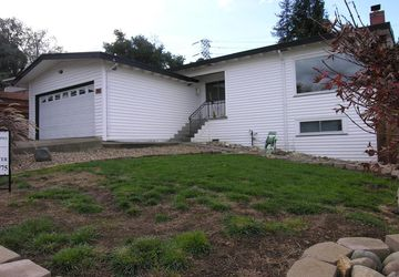 30  Grandview Avenue Crockett, CA 94525