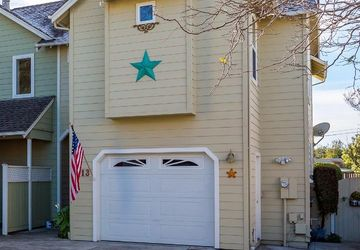 413 Pine St Capitola, CA 95010