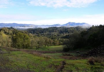 2058  Wright Ranch Ln Healdsburg, CA 95448