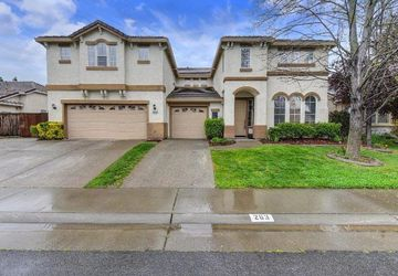 263  Saint Croix Court Lincoln, CA 95648