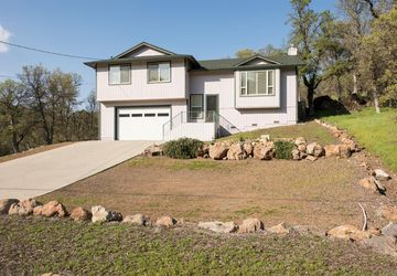 19558  Donkey Hill Road Hidden Valley Lake, CA 95467