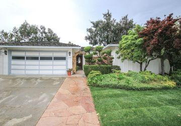 1115 Bounty Dr Foster City, CA 94404