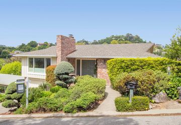 23 Via La Cumbre Greenbrae, CA 94904