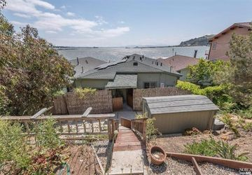 22  Sandy Beach Road Vallejo, CA 94590