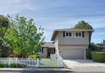 744 Yale Ln Santa Clara, CA 95051