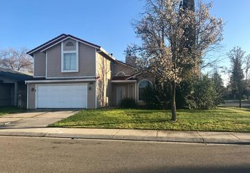 1890 Rogina Ct Merced, CA 95341