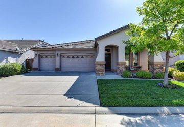 1516 Water Side Street Roseville, CA 95747