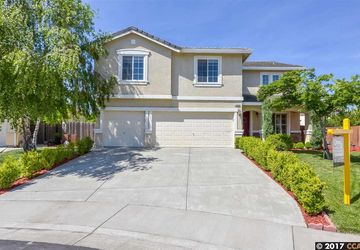 1525 Peppertree Court West Sacramento, CA 95691