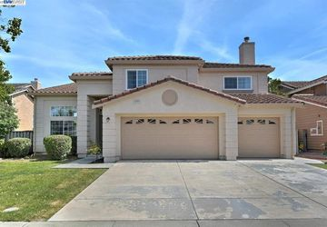 4722 Silvertide Dr. Union City, CA 94587