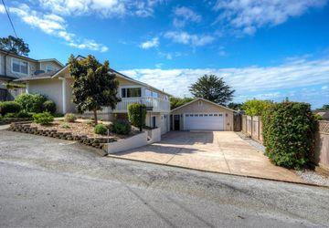 366 11th St Montara, CA 94037