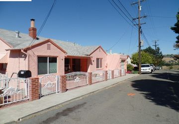 1932 Vista Del Rio St Crockett, CA 94525