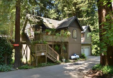 14226 Lovers Lane Guerneville, CA 95446