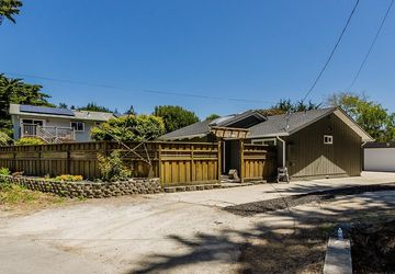510 Cypress Avenue Moss Beach, CA 94038