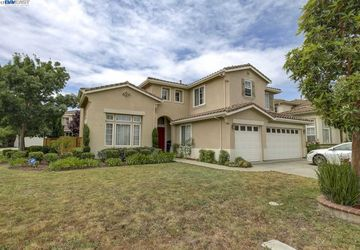 34964 Eastin Dr Union City, CA 94587