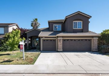 1980 Schlotz Court Woodland, CA 95776
