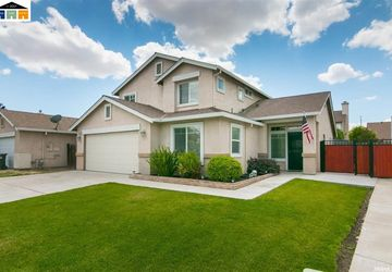 13643 Havenwood St Lathrop, CA 95330