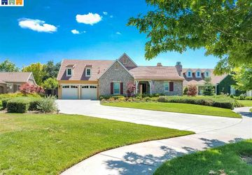 798 Barton Oaks Ct. Ripon, CA 95366