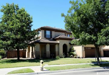 576 Bramblewood Avenue Lathrop, CA 95330