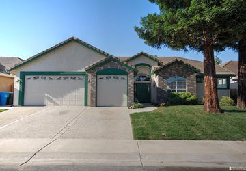 2010 Ash Court Yuba City, CA 95993