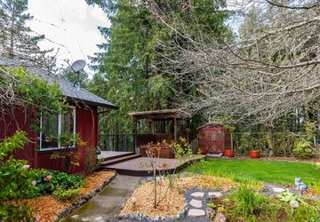 4813 Bear Canyon Road Willits, CA 95490