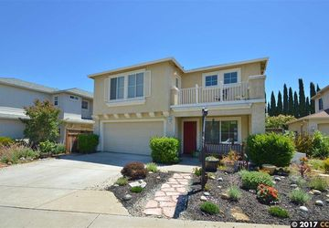 531 Ross Cir MARTINEZ, CA 94553