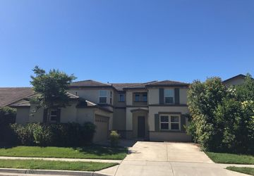 2447 Meadowlark Circle West Sacramento, CA 95691