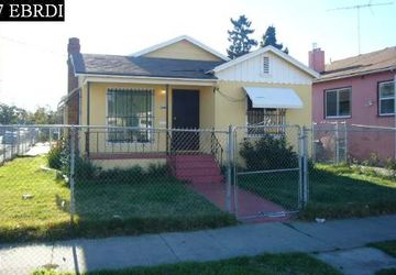1044 92ND AVE AVENUE OAKLAND, CA 94603-1206