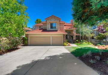 12 Elston Court San Carlos, CA 94070