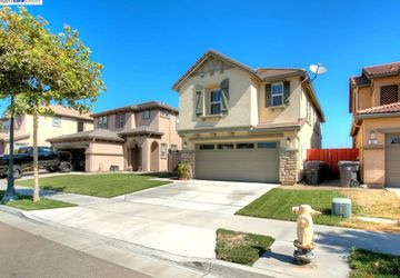 273 Emory Oak Place Lathrop, CA 95530
